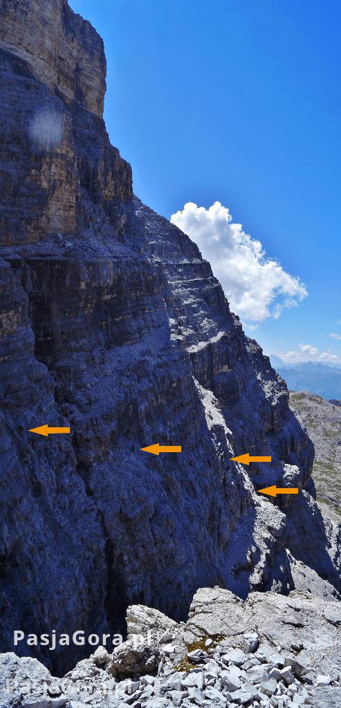 Cortina-Włochy-ferrata-dolomity-gory-pasja-gora-wspinaczka-(2)a
